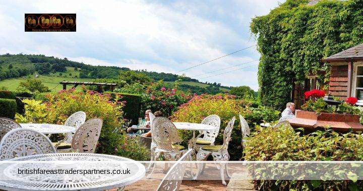 CELEBRATING THE GREAT BRITISH OUTDOORS: AL FRESCO DINING IN SURREY HILLS
