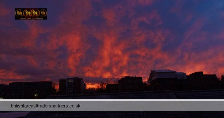 BREAKING DAWN #WINTERSKY  Was  Lucky to capture this approximately 3 minute DANCE of Light, Clouds, and Sky. Reminds me of the GAME OF THRONES FIRE & ICE!