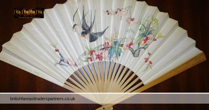OLD CHINESE ORIENTAL ASIAN SPRINGTIME Birds & Blossom Eastbourne Summer Palace Souvenir NOSTALGIA COLLECTIBLE Handheld Paper Fan