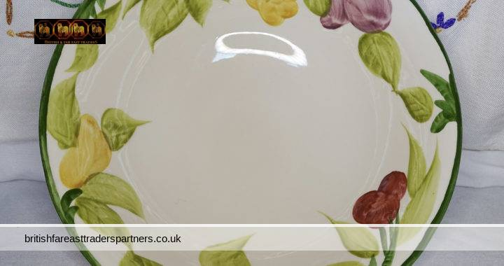 MASON'S IRONSTONE Off-White Centrepiece Textured Details Handpainted FRUIT BOWL Made in ENGLAND