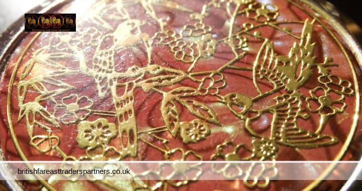 VINTAGE TROPICAL NATURE COLLECTABLE Gold Birds Floral Pearlescent Background SILVER Cosmetic Beauty Vanity Compact Folding 2 Mirror
