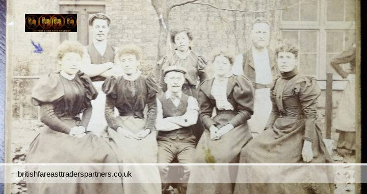 ANTIQUE Mrs MORRIS 3 Latimer Road W11 LONDON ENGLAND COLLECTABLE Real Photograph SOCIAL HISTORY FASHION COMMUNITY LIFE