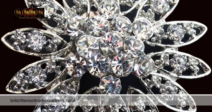 VINTAGE Austrian Clear SPARKLY Rhinestone Crystal / Paste Statement FLOWER FLORAL SPRAY SILVER WHITE METAL Pin BROOCH FASHION | COSTUME JEWELLERY