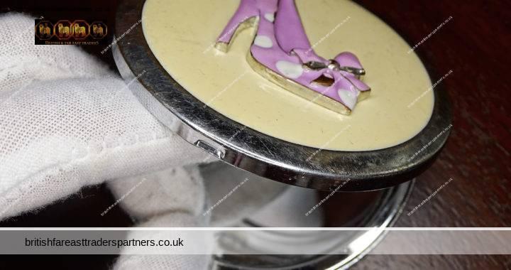 VINTAGE PINK Ladies SHOES Heels + RIBBON Bow ENAMEL ART Double Mirror COLLECTABLE VANITY / GROOMING / BEAUTY