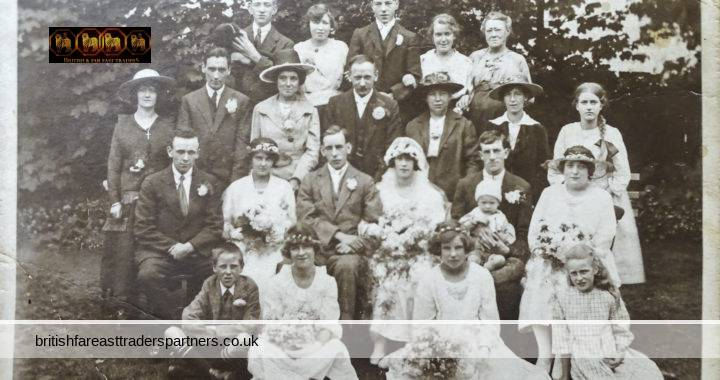 VINTAGE 1930s  SUMMER Country WEDDING Family / GROUP COLLECTABLE Fashion /  Social History PHOTO