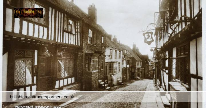 VINTAGE MERMAID STREET RYE, EAST SUSSEX ENGLAND VALENTINE'S COLLECTABLE RPPC Post Card HISTORICAL / TOPOGRAPHICAL / TOURISM / TRAVEL / ARCHITECTURE