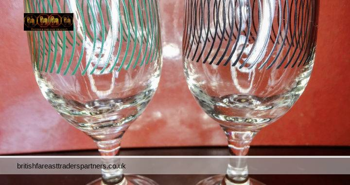VINTAGE Lot of 2 Short Stemmed MINI Wine Glasses GILT-EDGE Painted Arches Design DINING / DRINKS/ BAR / GLASSWARE / TABLE WARE