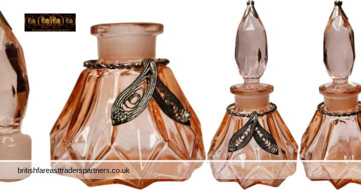 VINTAGE PEACH Glass Filigree Leaves Collar Accent COLLECTABLE Decorative PERFUME Bottle With Stopper VANITY | GROOMING