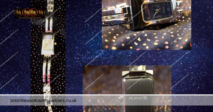 Ladies Women's Rectangular RAVE QUARTZ Silver Tone Watch Blue Analogue Dial VGC
