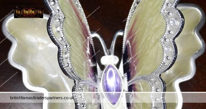 VINTAGE Purple Cream Satin Finish ENAMEL RHINESTONE Encrusted BUTTERFLY 2 Compartments Trinkets Jewellery BOX